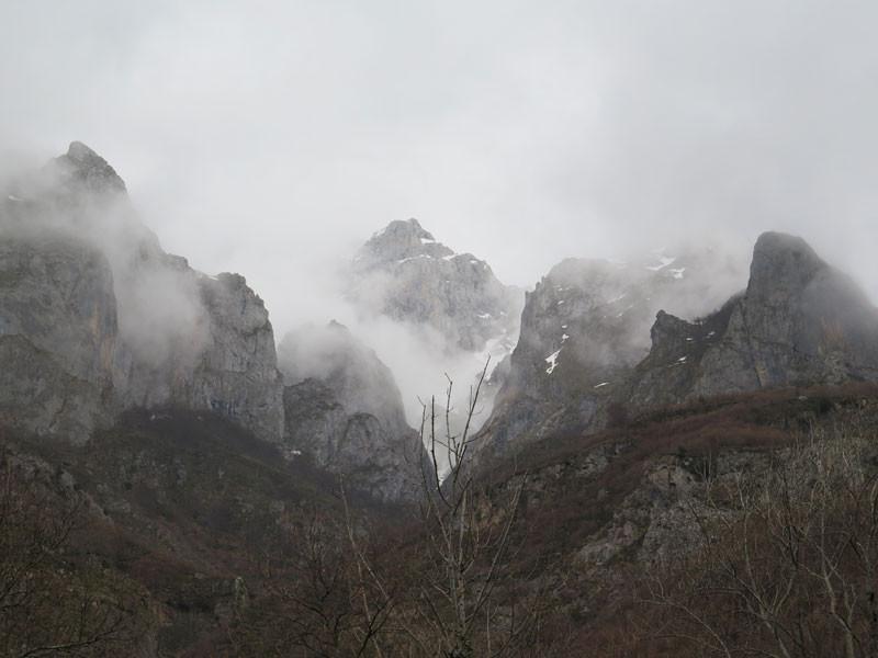 Picos de Europa desde el Chorco de los Lobos