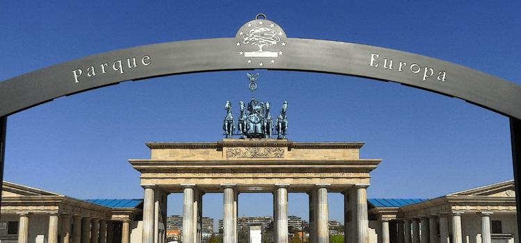 Parque europa madrid lo mejor de europa en torrej n de ardoz for Chalets en torrejon de ardoz