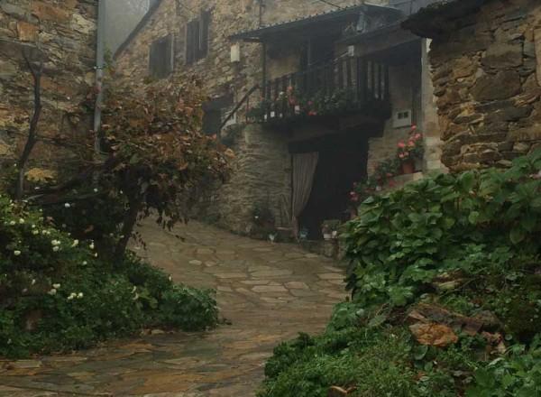 Casas en Santa Cruz de los Cuérragos